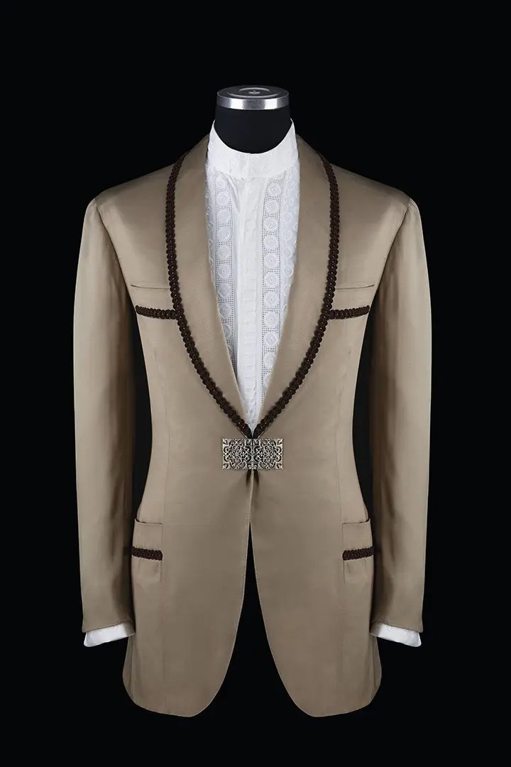 DINNER-JACKET-STILL-LIFE-1-italian-made-to-measure-suits