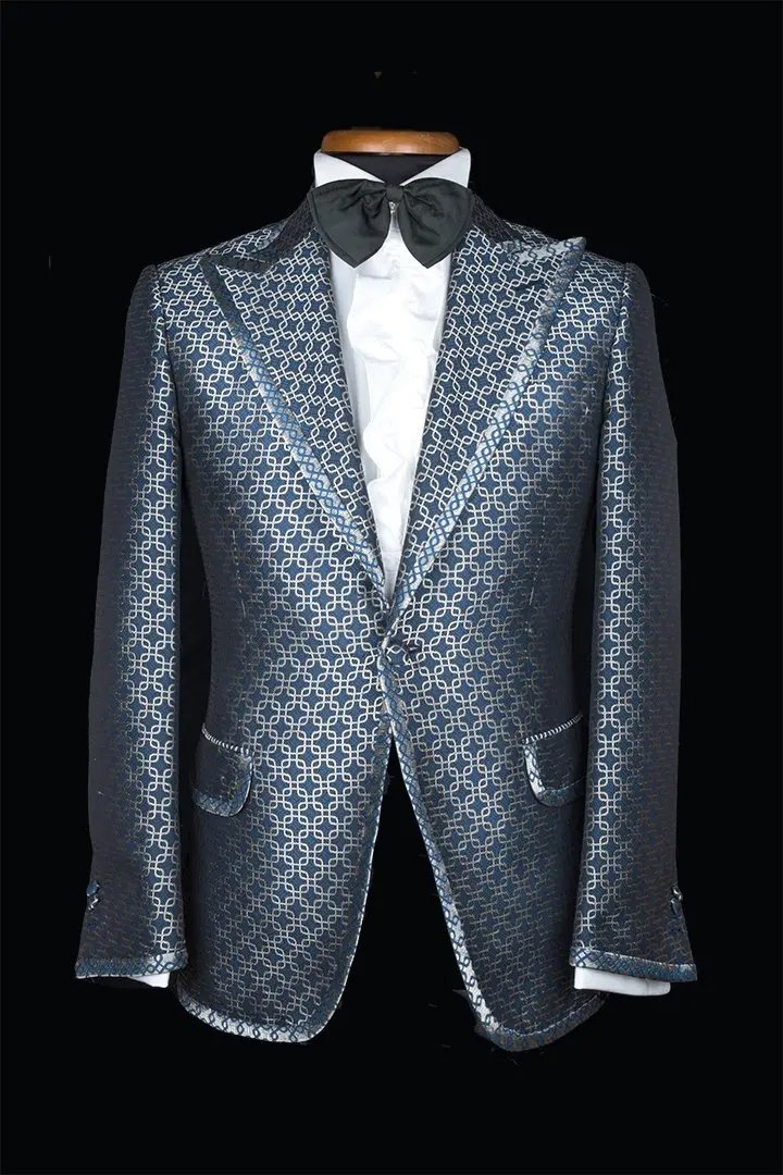 DINNER-JACKET-STILL-LIFE-3a-italian-made-to-measure-suits